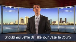 Video Should You Settle or Take Your Case to Court